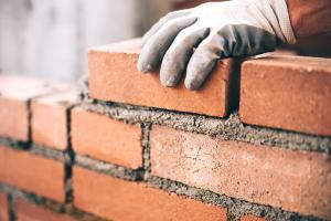 Advantages & Disadvantages of Bricks
